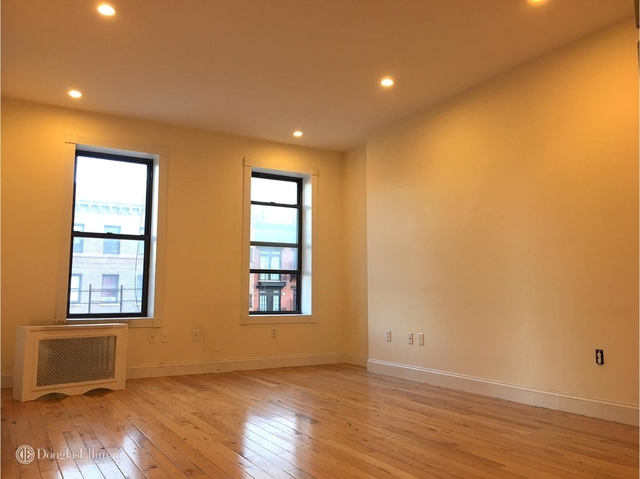 3 Bedrooms, East Village Rental in NYC for $4,550 - Photo 1