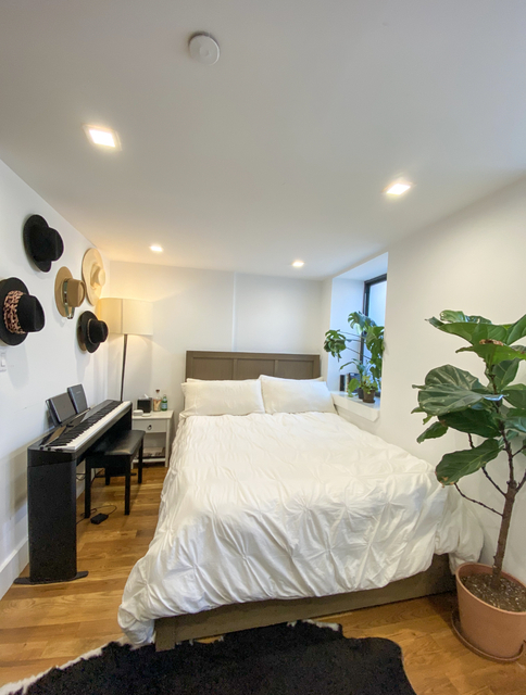 Room, Williamsburg Rental in NYC for $1,500 - Photo 1