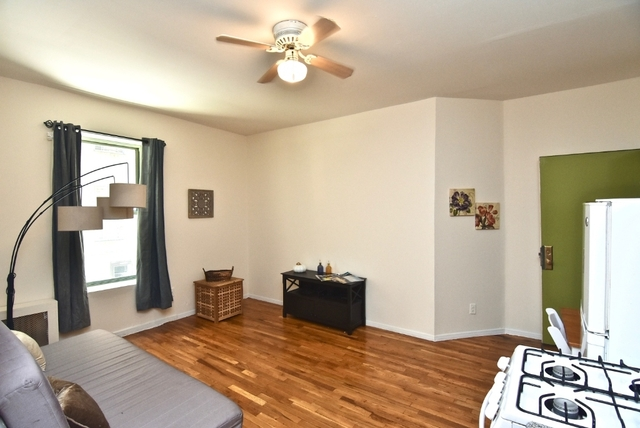 2 Bedrooms, Lincoln Square Rental in NYC for $2,356 - Photo 1