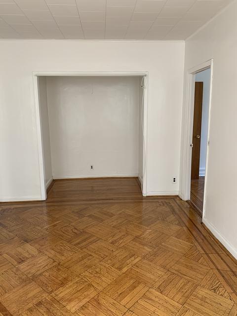 2 Bedrooms, Astoria Rental in NYC for $1,990 - Photo 1
