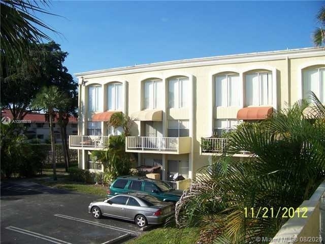 2 Bedrooms, Country Club Rental in Miami, FL for $1,575 - Photo 1