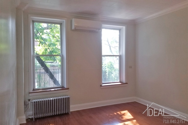3 Bedrooms, Gowanus Rental in NYC for $3,500 - Photo 2