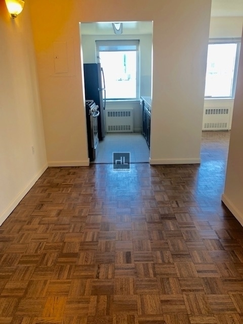 2 Bedrooms, Battery Park City Rental in NYC for $4,243 - Photo 1