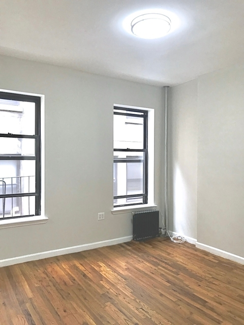 2 Bedrooms, Chelsea Rental in NYC for $2,000 - Photo 1