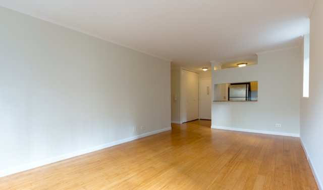 1 Bedroom, Theater District Rental in NYC for $3,188 - Photo 2