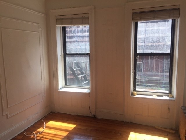 2 Bedrooms, Little Italy Rental in NYC for $2,169 - Photo 2