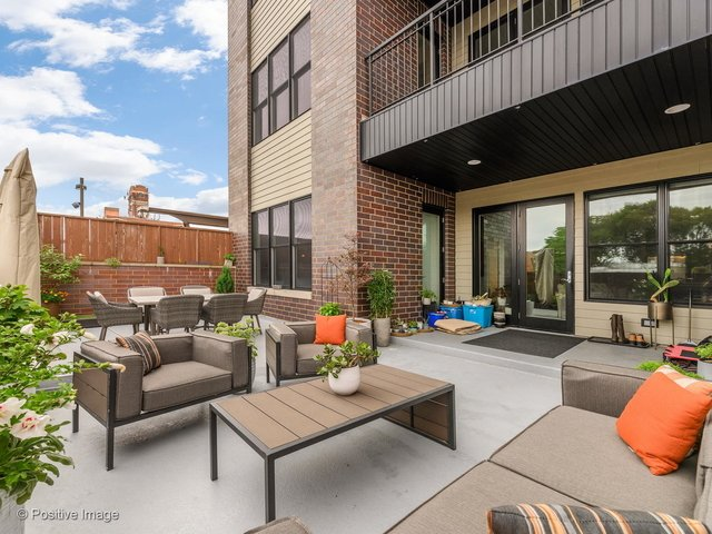 2 Bedrooms, North Center Rental in Chicago, IL for $2,900 - Photo 1