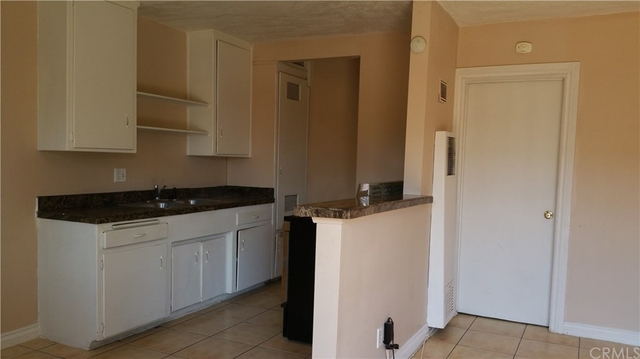 1 Bedroom, Civic Center Rental in Los Angeles, CA for $1,400 - Photo 2