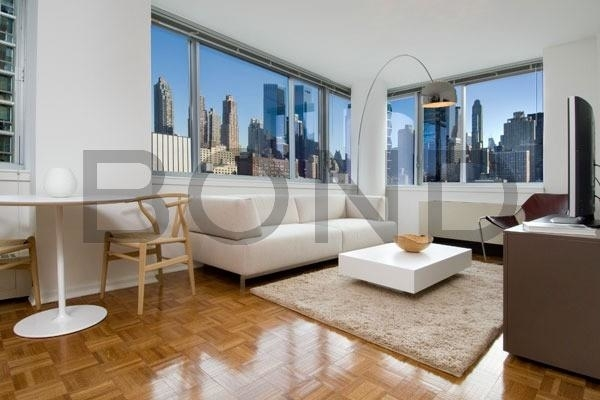 Studio, Hell's Kitchen Rental in NYC for $2,267 - Photo 1
