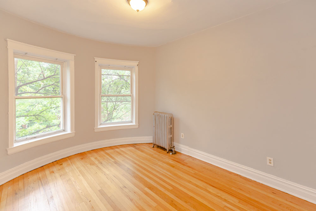 2 Bedrooms, Hyde Park Rental in Chicago, IL for $1,318 - Photo 2