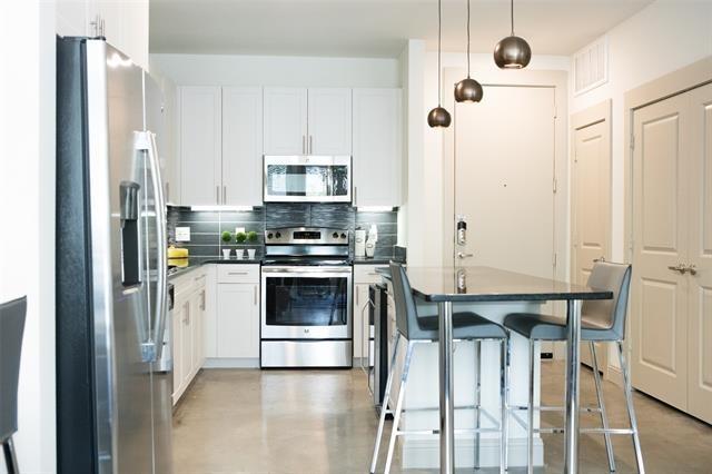 1 Bedroom, Greenway Park Rental in Dallas for $1,355 - Photo 1