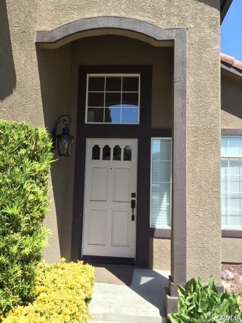 3 Bedrooms, San Bernardino Rental in Los Angeles, CA for $2,750 - Photo 2