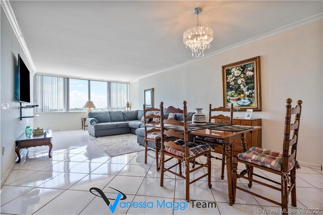 1 Bedroom, Haynsworth Beach Rental in Miami, FL for $2,000 - Photo 2