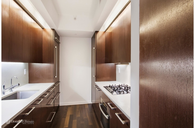 2 Bedrooms, Gramercy Park Rental in NYC for $5,450 - Photo 2