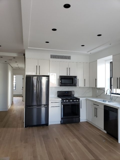3 Bedrooms, Steinway Rental in NYC for $5,500 - Photo 1