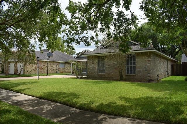 3 Bedrooms, Settlers Park Rental in Houston for $1,700 - Photo 2