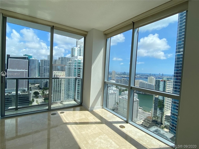 2 Bedrooms, Miami Financial District Rental in Miami, FL for $3,100 - Photo 1