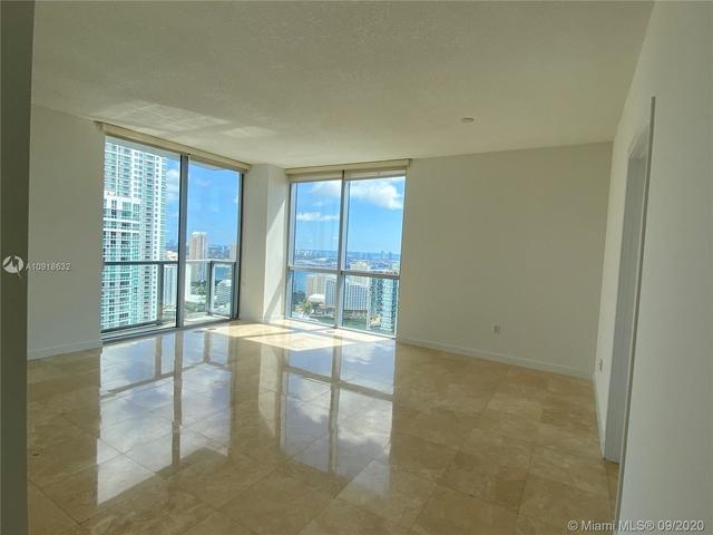 2 Bedrooms, Miami Financial District Rental in Miami, FL for $3,200 - Photo 2