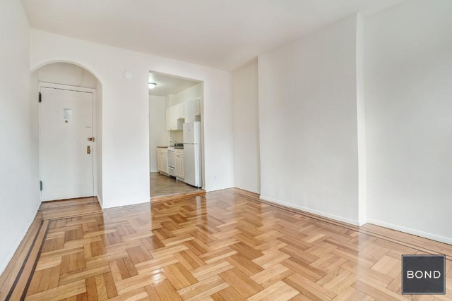 Studio, Yorkville Rental in NYC for $1,625 - Photo 2