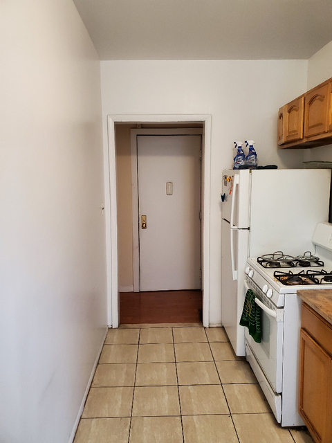3 Bedrooms, Gramercy Park Rental in NYC for $3,590 - Photo 2