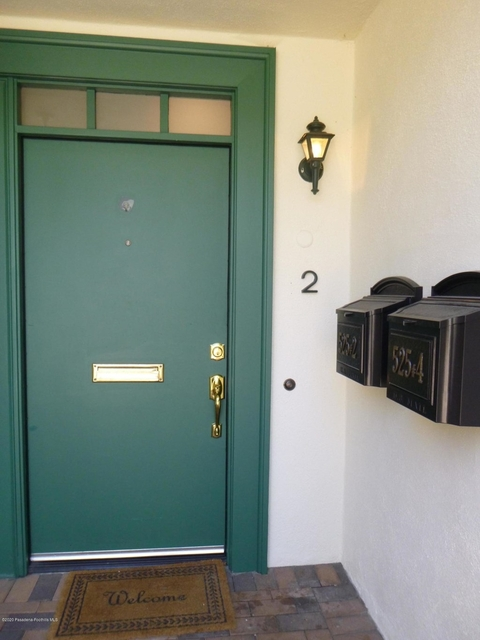 3 Bedrooms, Playhouse District Rental in Los Angeles, CA for $3,700 - Photo 2