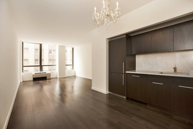 Studio, Financial District Rental in NYC for $1,736 - Photo 2