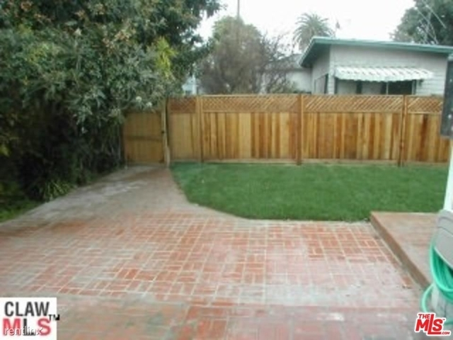 4 Bedrooms, Mid-City Rental in Los Angeles, CA for $5,350 - Photo 2