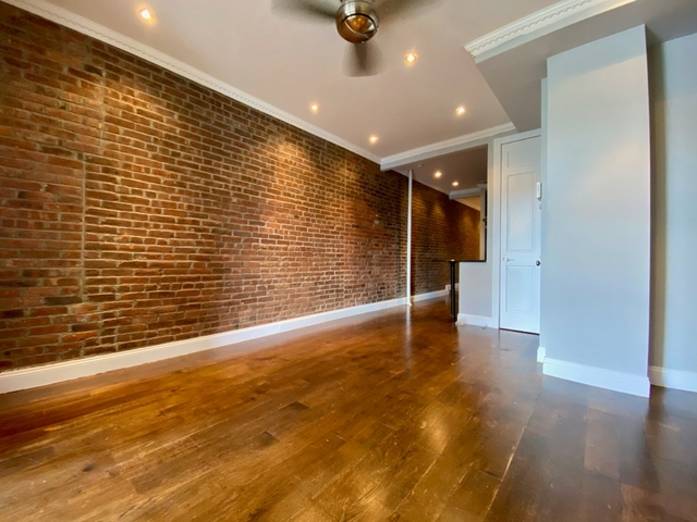 3 Bedrooms, Alphabet City Rental in NYC for $3,829 - Photo 2