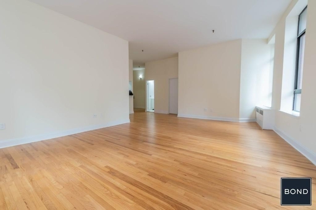 2 Bedrooms, NoHo Rental in NYC for $5,795 - Photo 2