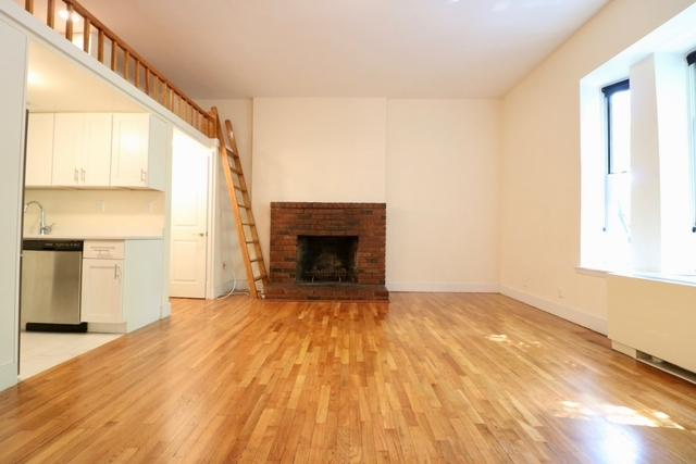 Studio, Lincoln Square Rental in NYC for $2,020 - Photo 2