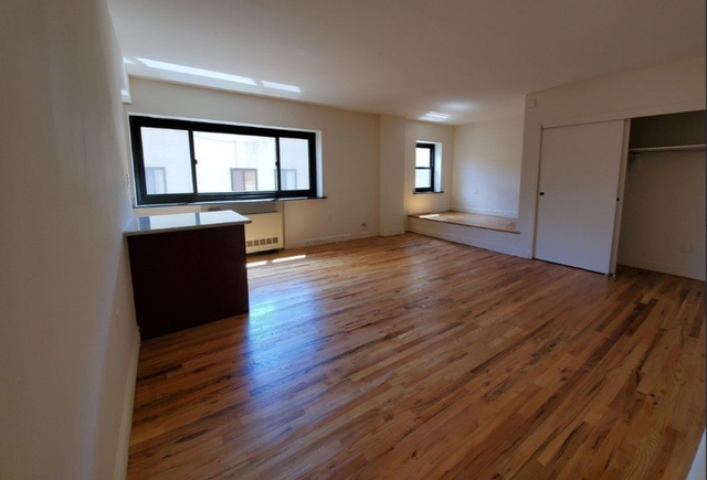 Studio, Gramercy Park Rental in NYC for $2,562 - Photo 1
