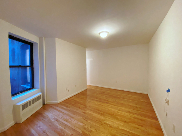 2 Bedrooms, Upper East Side Rental in NYC for $2,475 - Photo 2