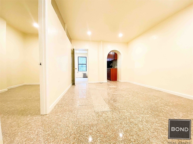2 Bedrooms, Rose Hill Rental in NYC for $2,195 - Photo 1