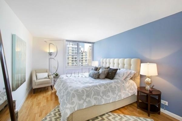 2 Bedrooms, Battery Park City Rental in NYC for $3,800 - Photo 2