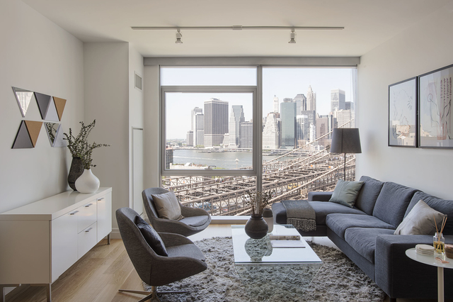1 Bedroom, DUMBO Rental in NYC for $2,996 - Photo 2