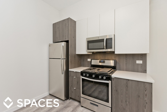 2 Bedrooms, Ravenswood Rental in Chicago, IL for $2,650 - Photo 2