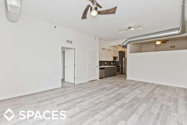 2 Bedrooms, Ravenswood Rental in Chicago, IL for $2,600 - Photo 2