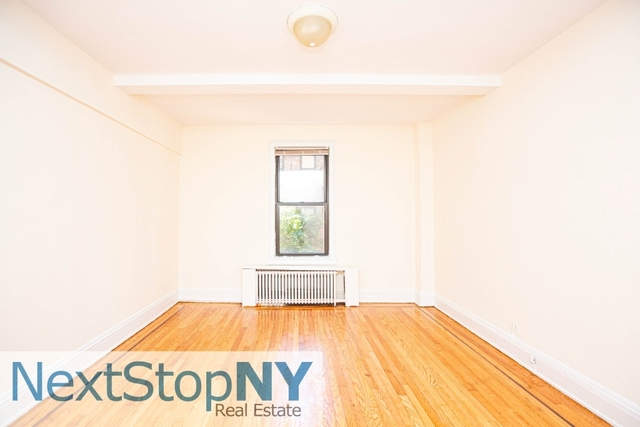 2 Bedrooms, Sutton Place Rental in NYC for $2,800 - Photo 2