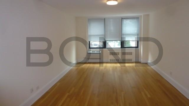 2 Bedrooms, West Village Rental in NYC for $4,985 - Photo 1