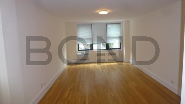 2 Bedrooms, West Village Rental in NYC for $4,985 - Photo 2