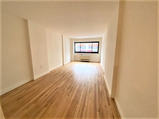 Studio, Gramercy Park Rental in NYC for $2,461 - Photo 1