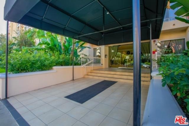 2 Bedrooms, Westwood Rental in Los Angeles, CA for $3,335 - Photo 2