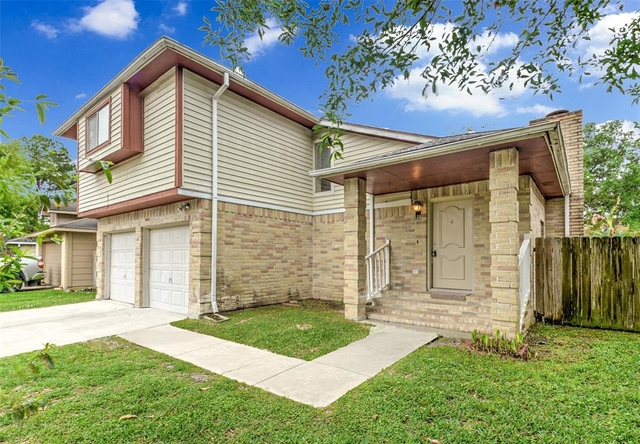 3 Bedrooms, Mission West Rental in Houston for $1,595 - Photo 2