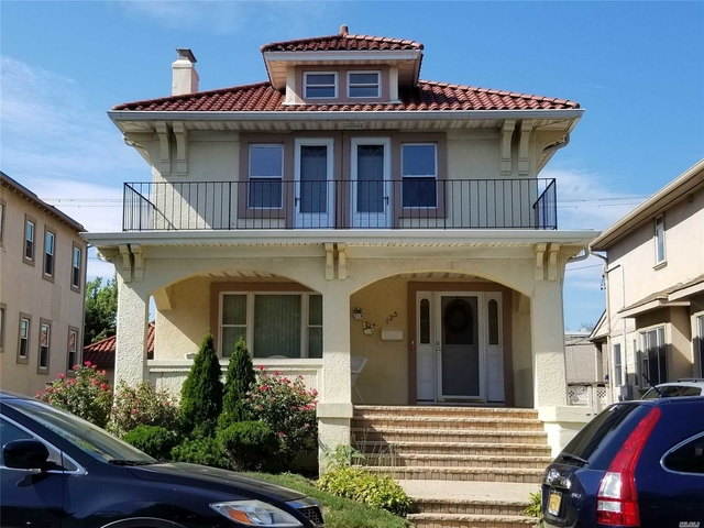 2 Bedrooms, Central District Rental in Long Island, NY for $2,700 - Photo 1