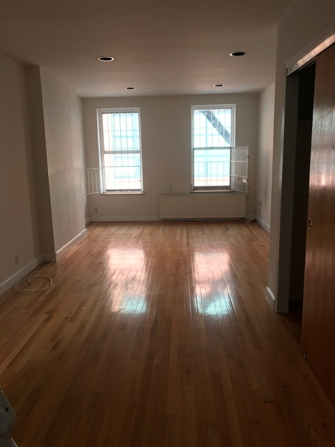 1 Bedroom, Gramercy Park Rental in NYC for $2,050 - Photo 1