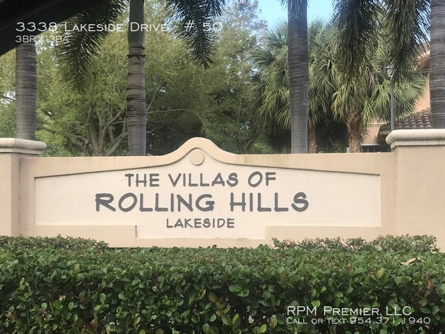 3 Bedrooms, Rolling Hills Golf & Tennis Club Rental in Miami, FL for $2,500 - Photo 1