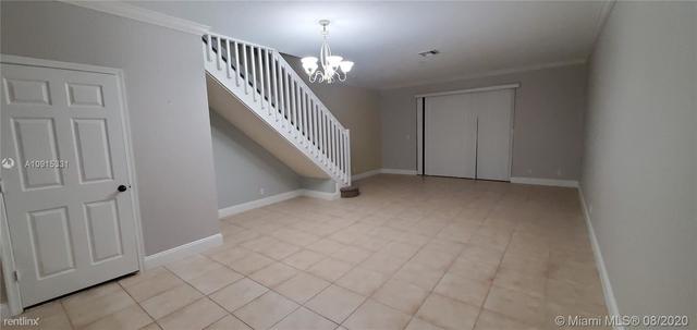 3 Bedrooms, Davie Rental in Miami, FL for $2,300 - Photo 2