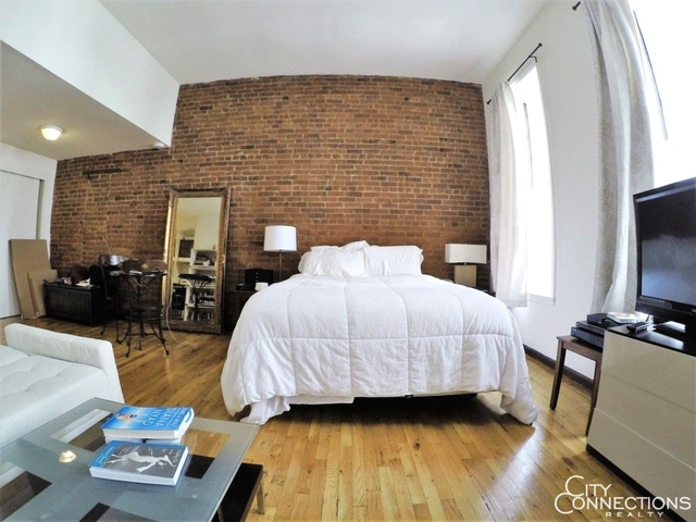 Studio, Lincoln Square Rental in NYC for $1,925 - Photo 2