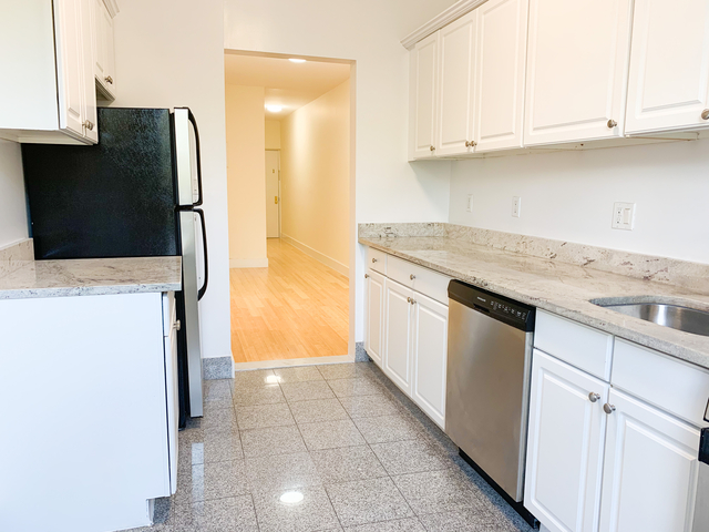 3 Bedrooms, Windsor Terrace Rental in NYC for $4,290 - Photo 2