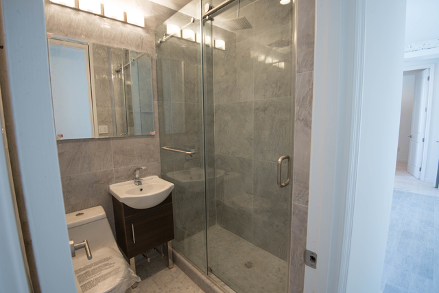 2 Bedrooms, Alphabet City Rental in NYC for $2,800 - Photo 2